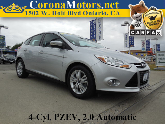 2012 Ford Focus SEL Ingot Silver Metallic 4 Cylinder Engine 4-Wheel Disc Brakes 6-Speed AT A