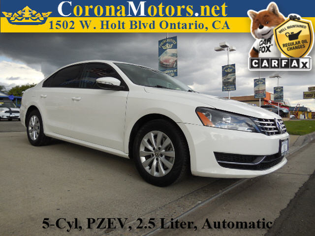 2012 Volkswagen Passat S wAppearance White 4-Wheel Disc Brakes 5 Cylinder Engine 6-Speed AT