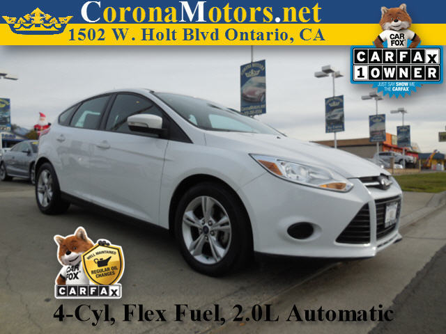 2013 Ford Focus SE White 4 Cylinder Engine AC ABS Adjustable Steering Wheel Aluminum Wheels