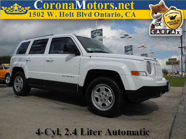 2012 Jeep Patriot Sport White 4 Cylinder Engine ABS Adjustable Steering Wheel AMFM Stereo Au