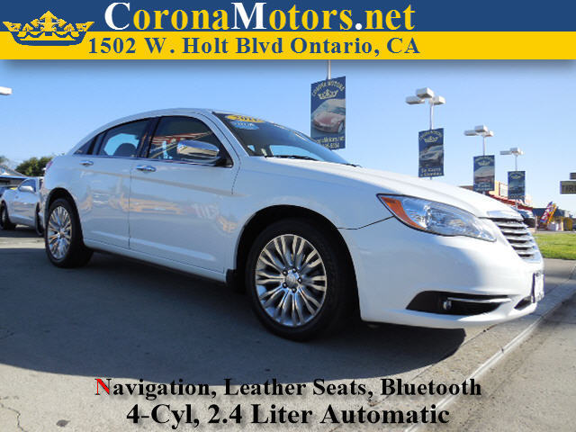 2011 Chrysler 200 Limited White 4 Cylinder Engine 4-Wheel Disc Brakes 6-Speed AT AC AT AB