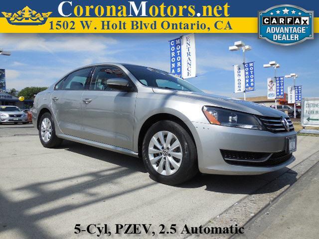 2012 Volkswagen Passat S wAppearance Platinum Grey Metallic 4-Wheel Disc Brakes 5 Cylinder Engi
