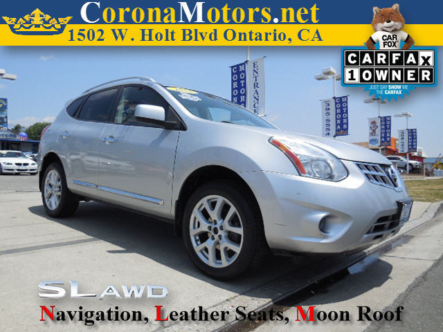 2011 Nissan Rogue SV AWD Silver 4 Cylinder Engine 4-Wheel Disc Brakes AC AT ABS Adjustable