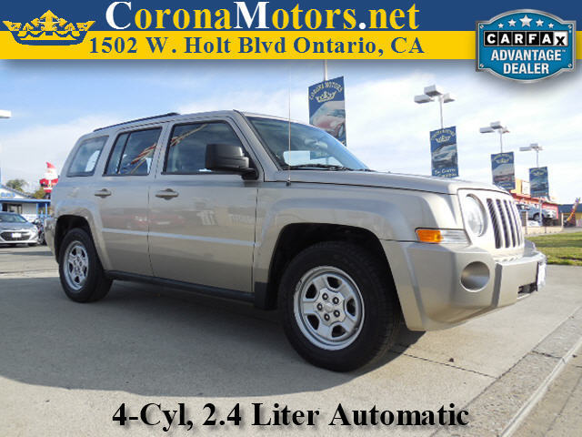 2010 Jeep Patriot Sport Champagne 4 Cylinder Engine AC ABS Adjustable Steering Wheel AMFM S