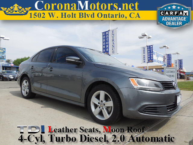 2012 Volkswagen Jetta Sedan TDI wPremium Platinum Gray Metallic 4 Cylinder Engine 4-Wheel Disc
