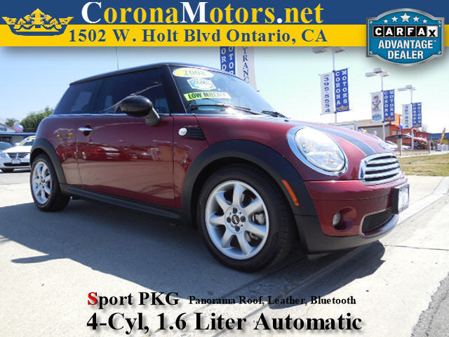 2008 Mini Cooper Hardtop Maroon 4 Cylinder Engine 4-Wheel Disc Brakes AC ABS Adjustable Stee