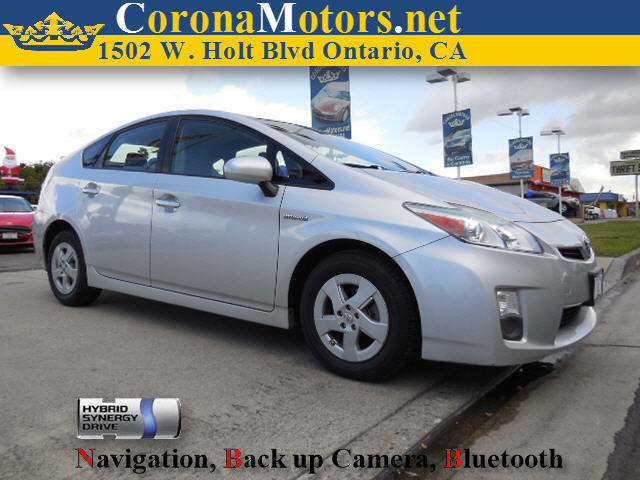 2010 Toyota Prius III Silver 4 Cylinder Engine 4-Wheel Disc Brakes AC AT ABS Adjustable St