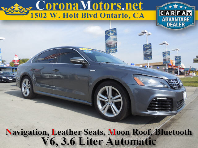 2012 Volkswagen Passat SE wSunroof  Nav Dark Charcoal 4-Wheel Disc Brakes 6-Speed AT AC A