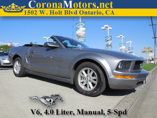 2006 Ford Mustang Charcoal 4-Wheel Disc Brakes AC Adjustable Steering Wheel AMFM Stereo Buc
