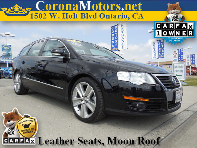 2010 Volkswagen Passat Wagon Komfort Black 4 Cylinder Engine 4-Wheel Disc Brakes 6-Speed AT A