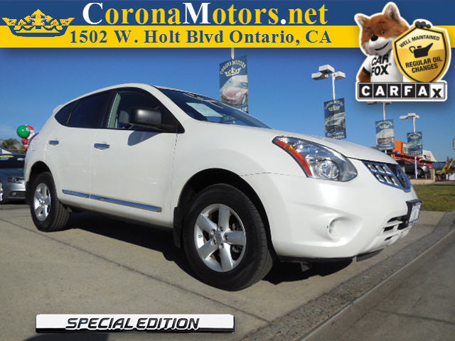 2012 Nissan Rogue Special Edition White 4 Cylinder Engine 4-Wheel Disc Brakes AC AT ABS Ad